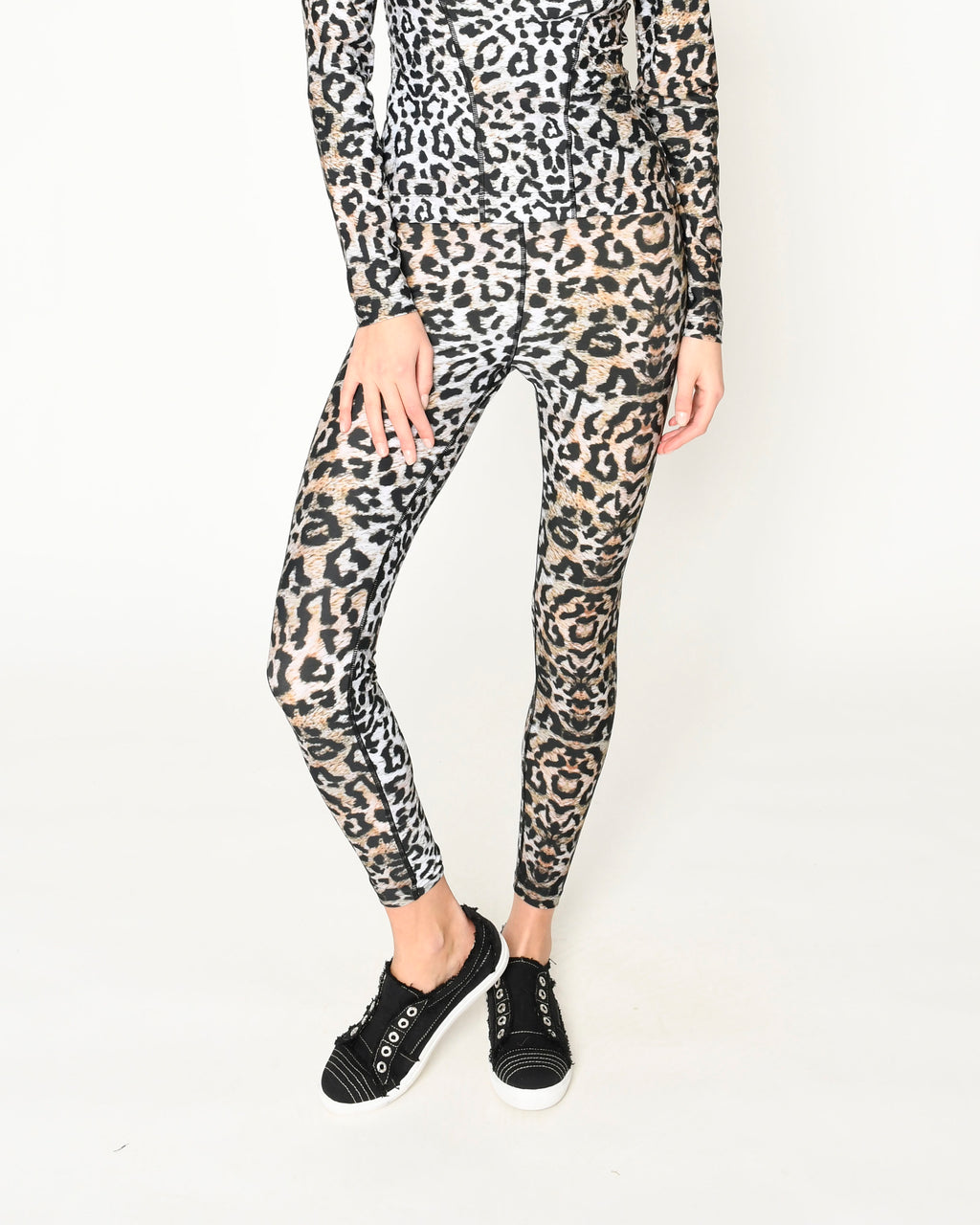 CP19180 - LEOPARD SPORTS LEGGINGS - bottoms - pants - Our leopard leggings are high waisted and crafted from a high performance nylon spandex blend. Designed in one of our signature prints, this piece is perfect for a workout or the girl on the go. Add 1 line break Stylist tip: Pair with the matching workout top to be the most stylish in any gym.