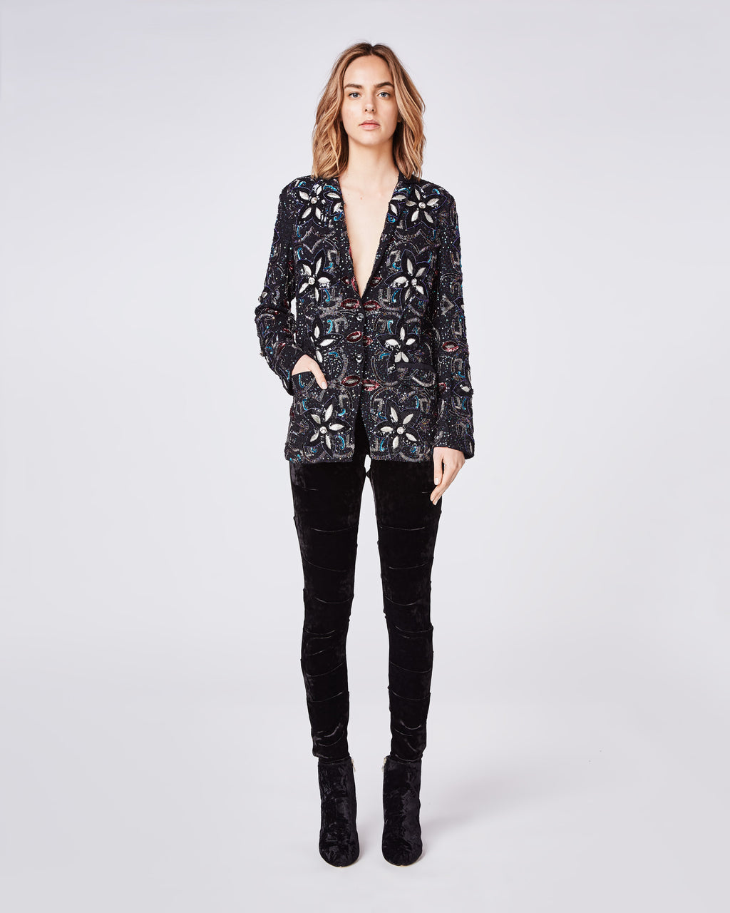 FJ10033 - ENCRUSTED STAR BLAZER - outerwear - jackets - No more boring blazers. This beautifully jewel encrusted blazer features two buttons and a fully lined interior.