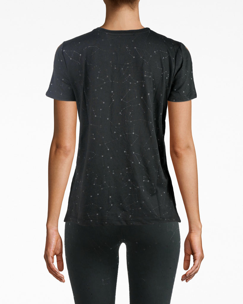 N8ZT007 - High Low Tee - activewear - activewear tops - Hello, high low. This star-studded sport tee is comfort intertwined with cool. It has a wide round neck and simple shirt sleeves. The fabric has a barely-there, breathable feel. Pair back with NM leggings. Alternate View