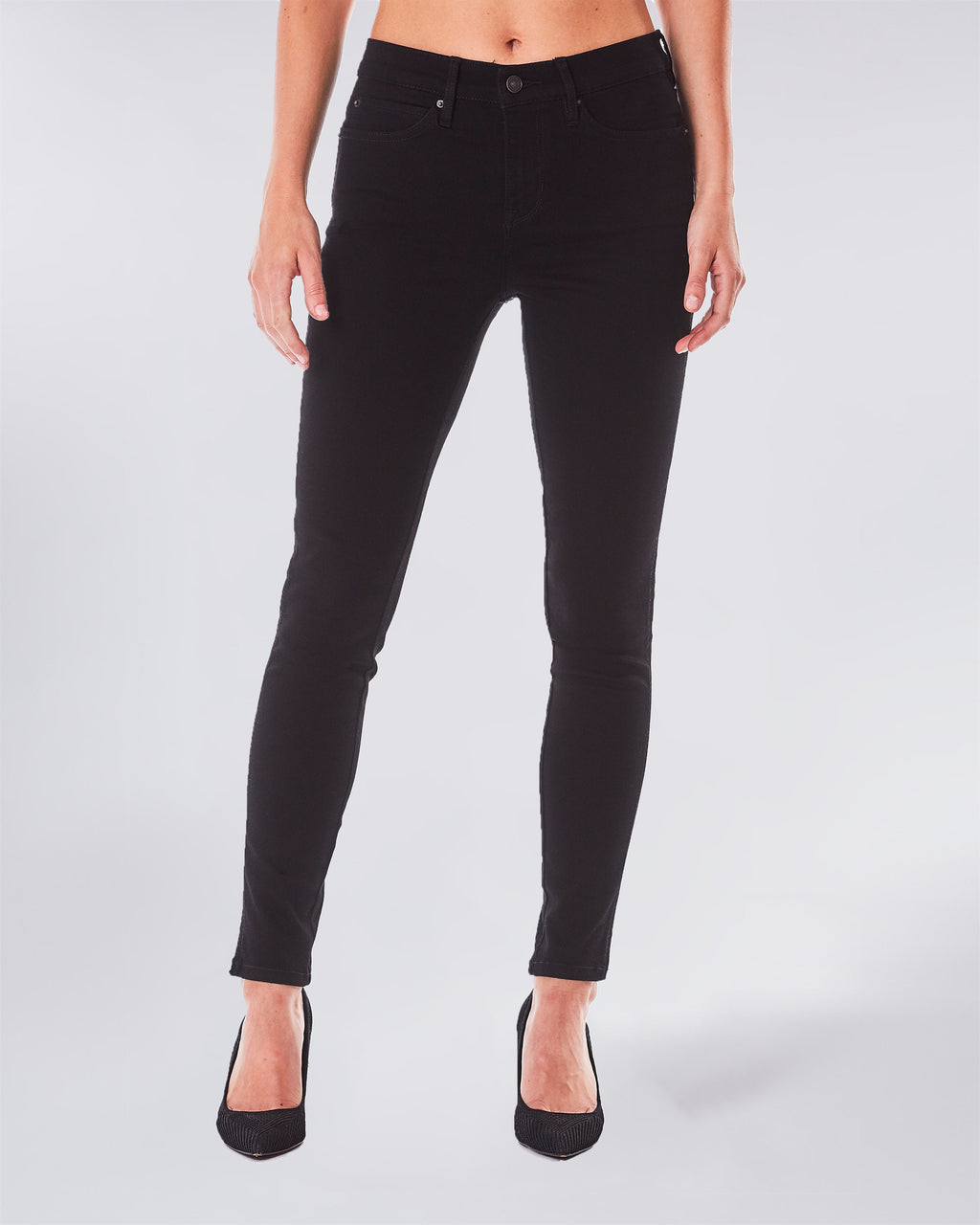 NJ0162S - SOHO HIGH RISE SKINNY - bottoms - denim - This skinny high rise jean is a classic and extremely flattering on every body type. Complete with Lyrca Beauty.