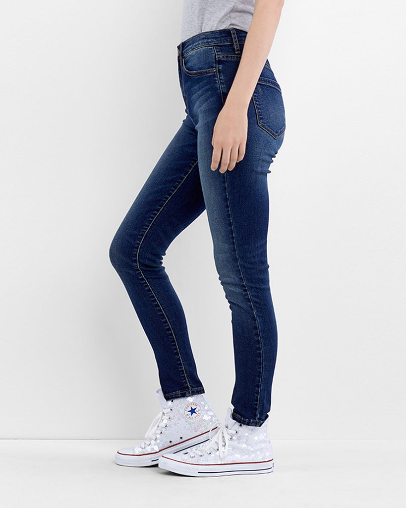 VJ0131R - SOHO HIGH RISE SKINNY - bottoms - denim - These high rise skinny jeans are finished in a faded denim wash in a classic fit. These jeans are your new go-to. Alternate View