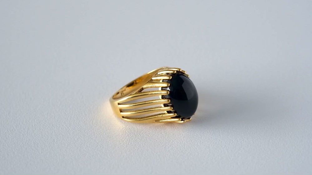 Load and play video in Gallery viewer, Vintage Black Onyx Ring 18K Gold-plated
