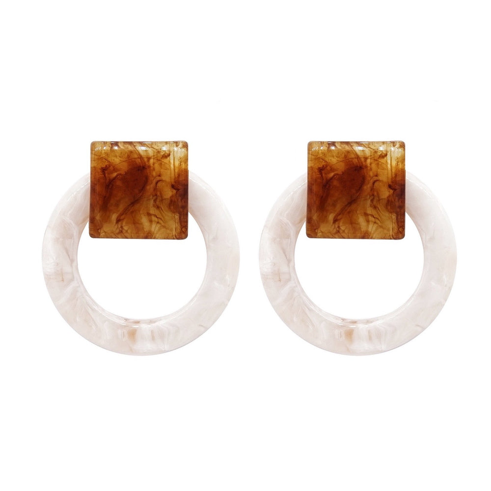 Kari Stud Earrings White