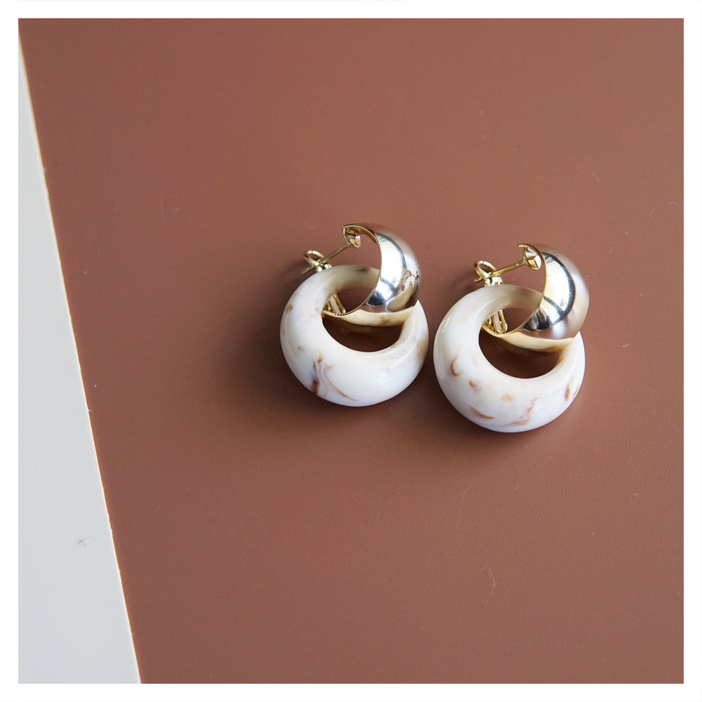 Caran Hoop Earrings (2 colours) - atto.studio