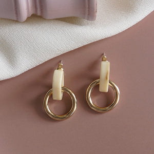 Load image into Gallery viewer, Onora Double Hoop Earrings White - atto.studio
