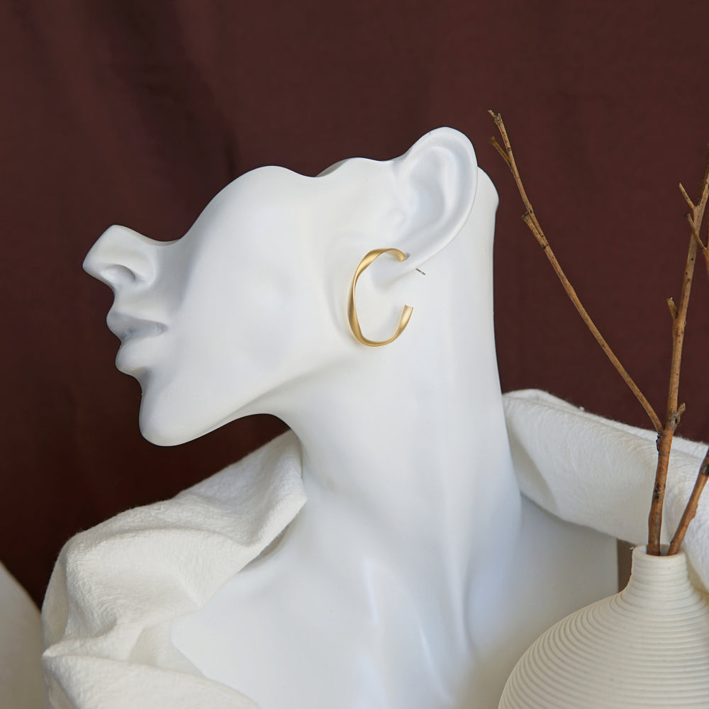 Celia Twist Hoop Earrings (BACK IN STOCK) - atto.studio