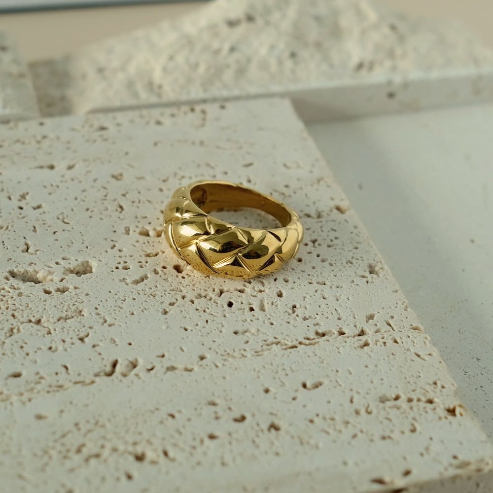 Load image into Gallery viewer, Charlotte 18K Gold-plated Ring