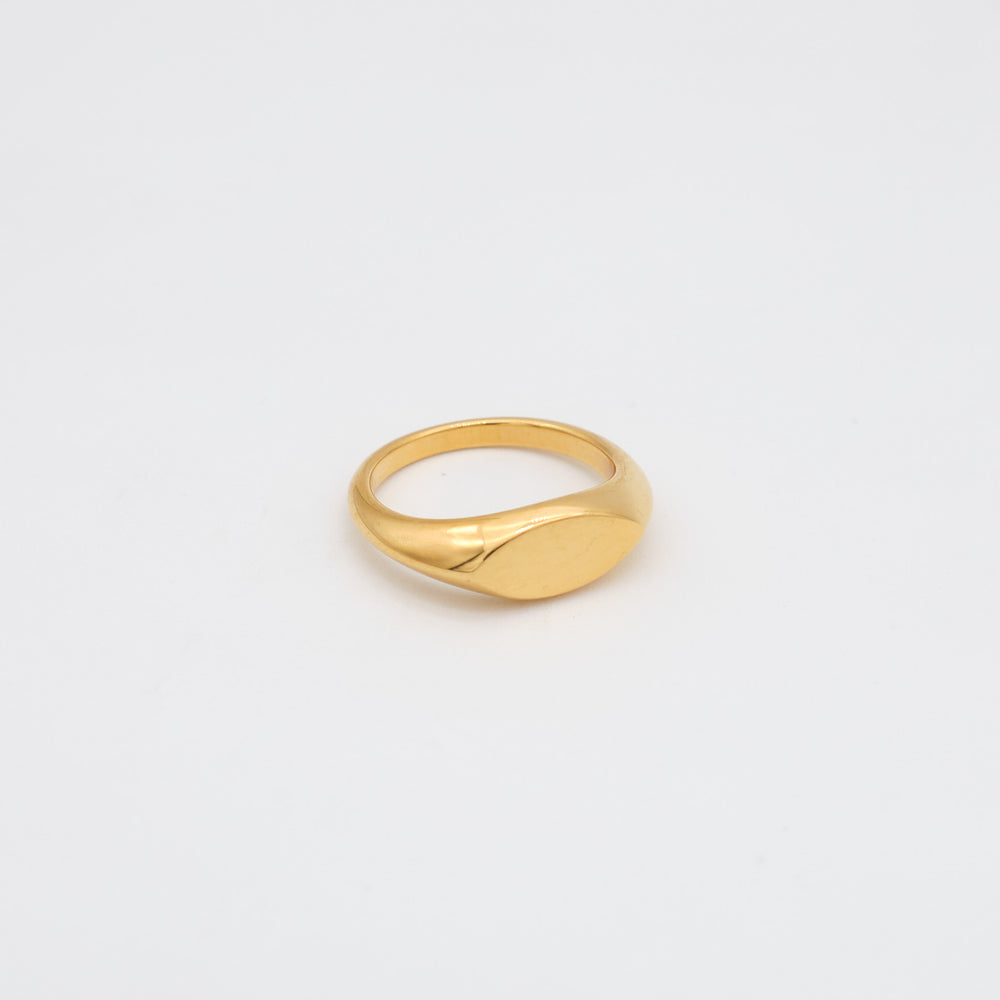 Oval Signet Ring 18K Gold-plated
