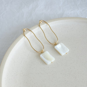 Load image into Gallery viewer, Orson Statement Earrings