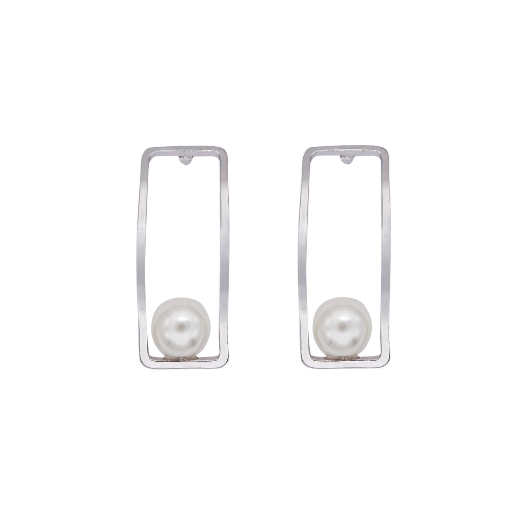 Sachi Pearl Stud Earrings Silver