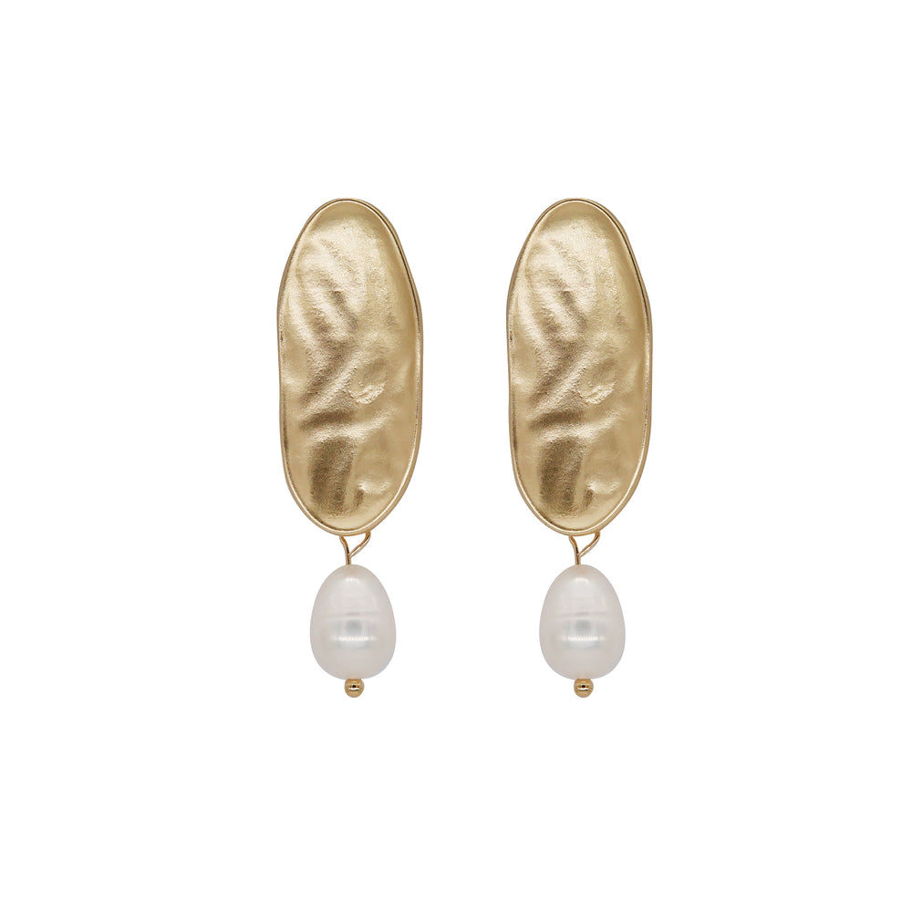 Vera Freshwater Pearl Earrings Gold