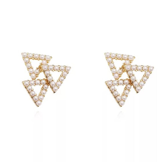 Toya Pearl Stud Earrings