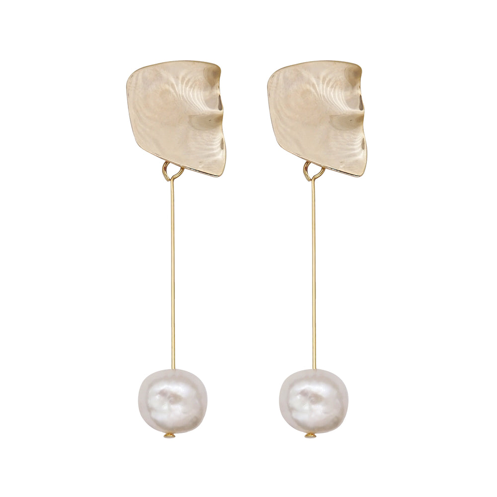 Tati Freshwater Pearl Drop Earrings (2 colours) - atto.studio