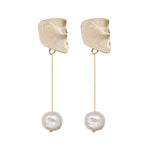Tati Freshwater Pearl Drop Earrings (2 colours)