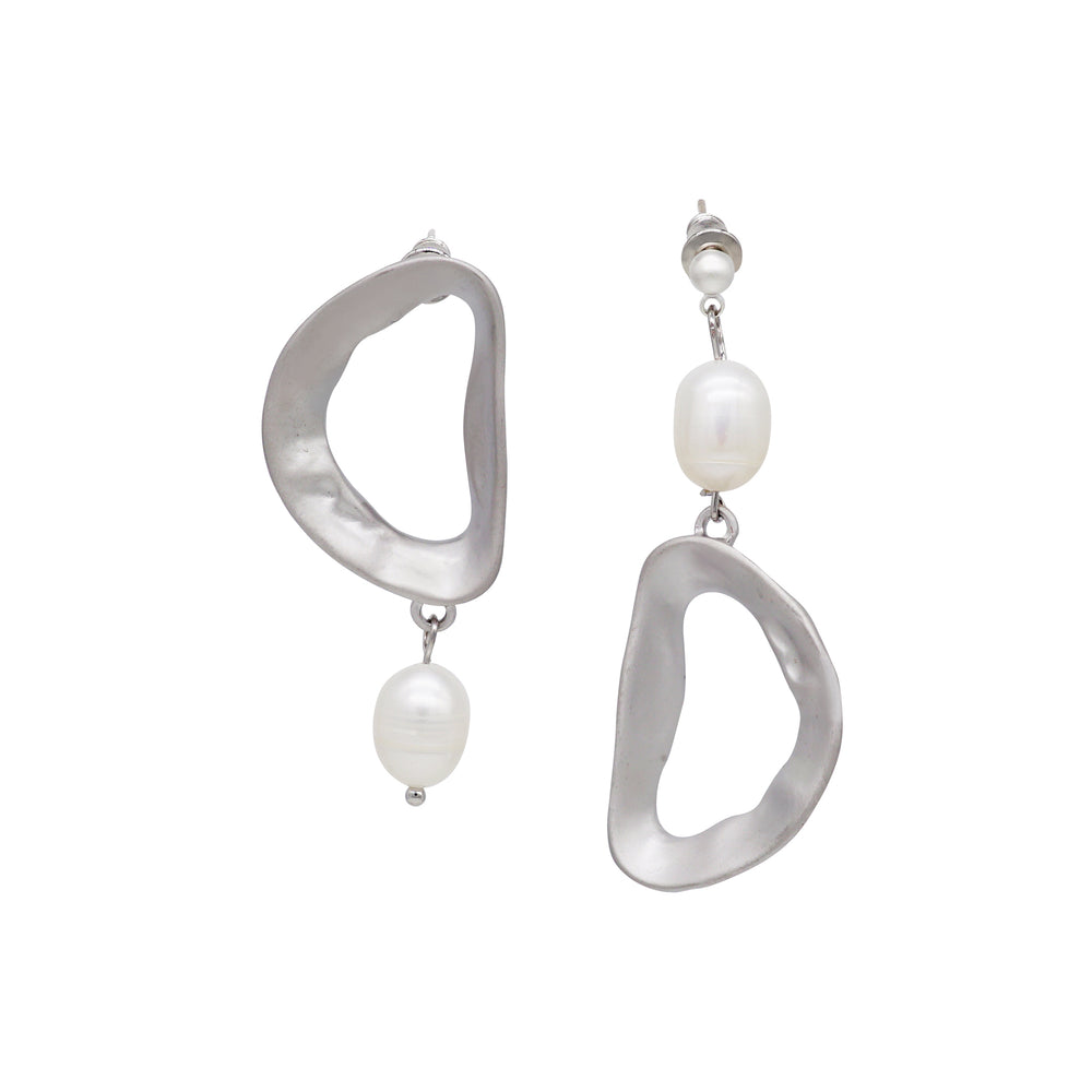 Vario Freshwater Pearl Drop Earrings (2 colours)