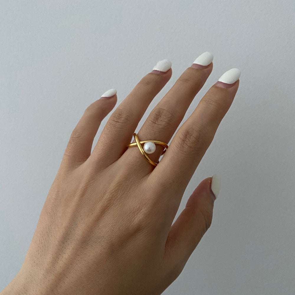 Load image into Gallery viewer, Josie 18K Gold-plated Ring