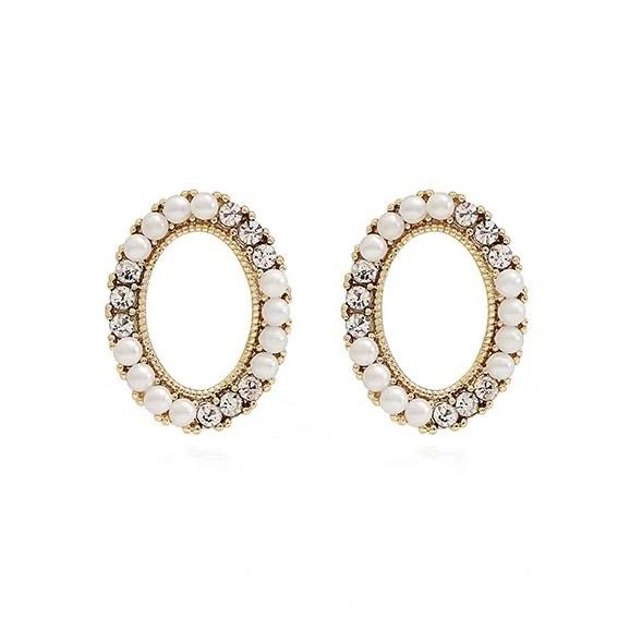 Misaki Pearl Stud Earrings
