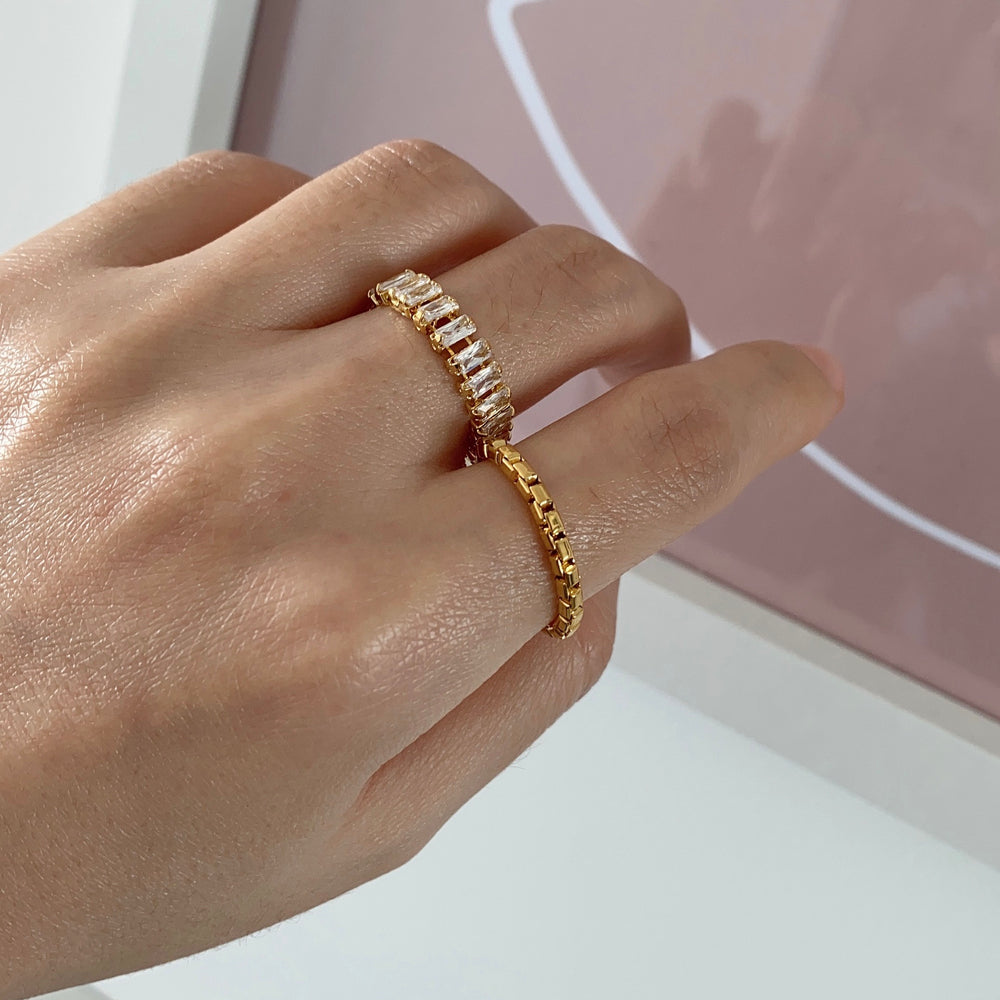 Remie 18K Gold-plated Soft Chain Ring