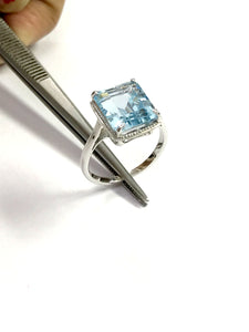 BLUE TOPAZ RING ,December Birthstone ,Hand Forged Ring,Valentine Gift,Topaz jewelry,Sky Blue Color.