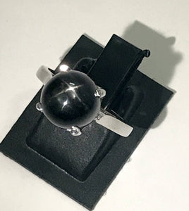 BLACK STAR CABOCHON  925 silver ring ,  Star diopside ,8 mm round , Black gemstone,Unisex ring ..