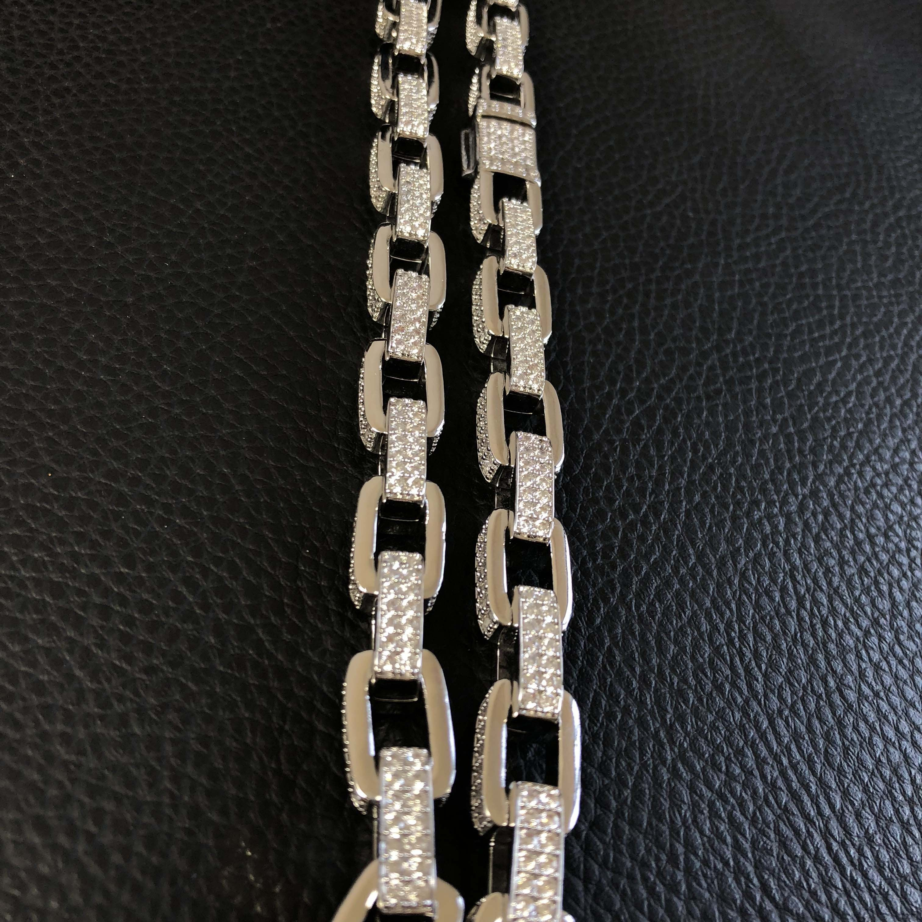 Yellow Gold Hermes Link Chain Twenty 7 Links Chains