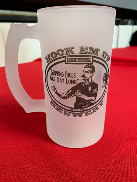 Hook Em Up Beer Mug