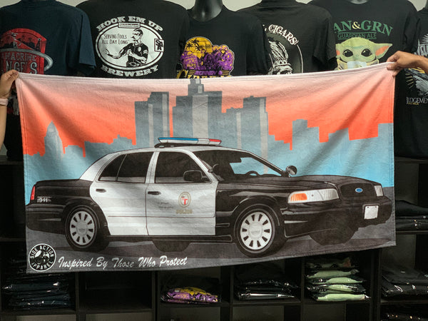 LA Cruiser Beach Towel