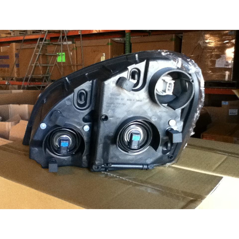 FREIGHTLINER CASCADIA HEADLAMP ASSEMBLY AND COMPONENT