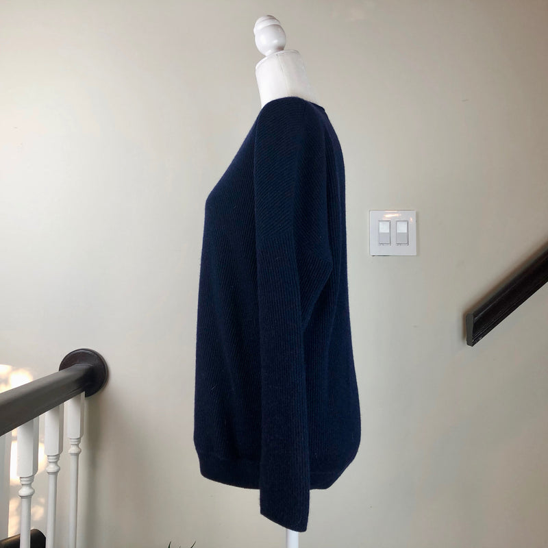 Dark-Blue V-Neck Long-Sleeve Cashmere Sweater