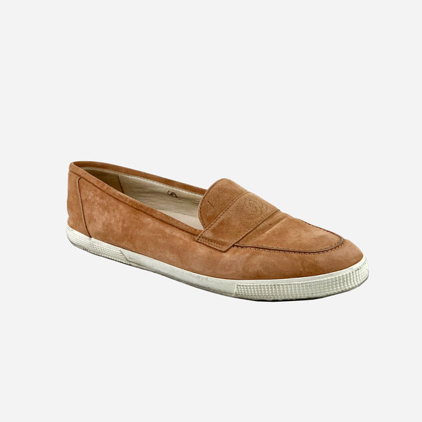 Chanel Light-Brown Suede Round-Toe Loafers