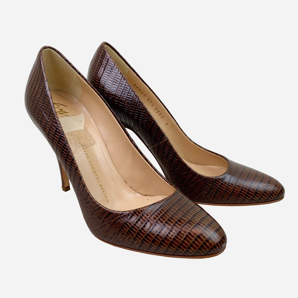 Brown Embossed Leather Round-Toe Pumps