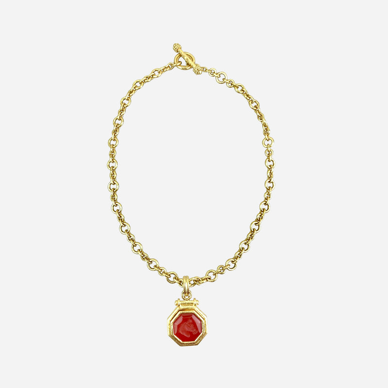 19K Yellow Gold and Intaglio Carnelian Horse Head Pendant Necklace