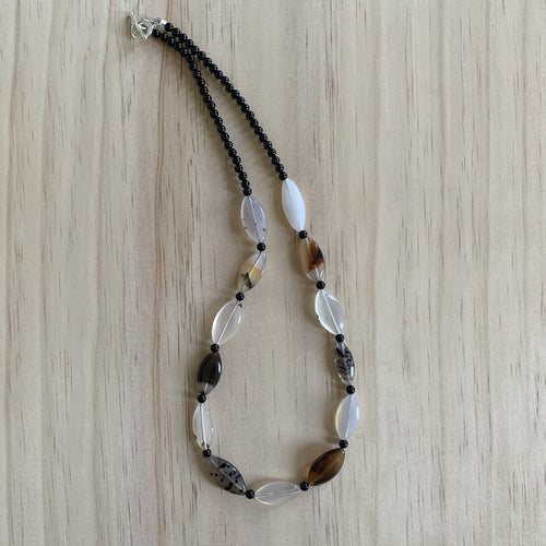 Montana Agate & Black Onyx Necklace