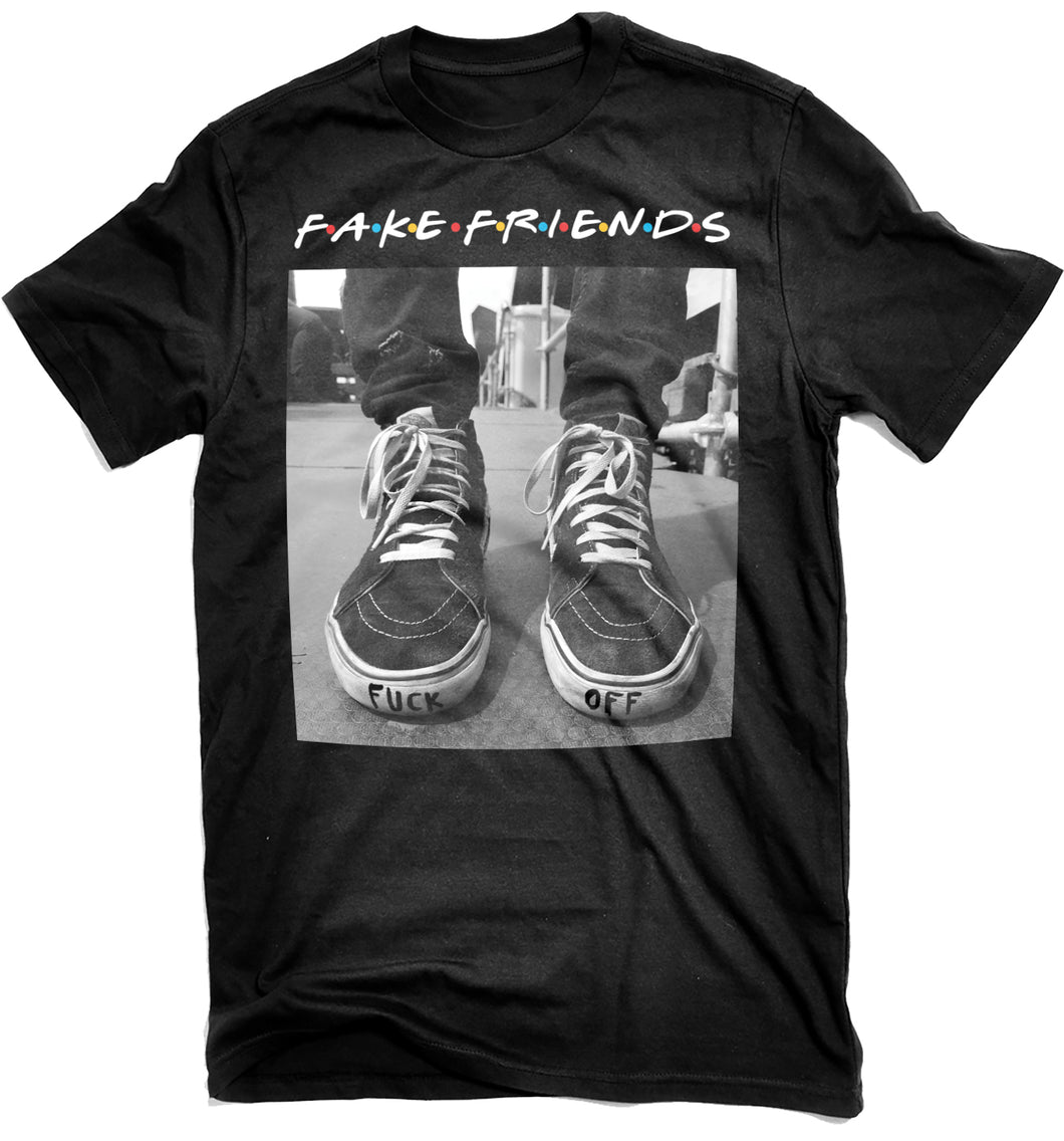 FAKE FRIENDS (T-Shirt)