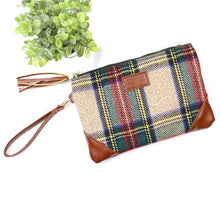 Load image into Gallery viewer, Plaid Wristlet