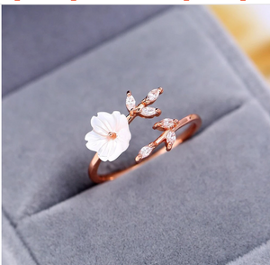 Pearl Flower Ring
