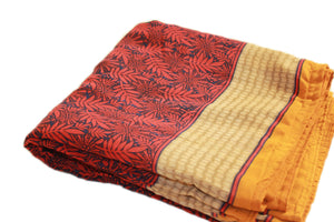 Red Leafy Sa.ree Blanket
