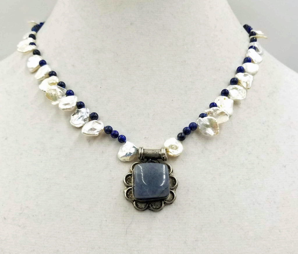 Agate pendant with Keshi pearl & sodalite necklace.