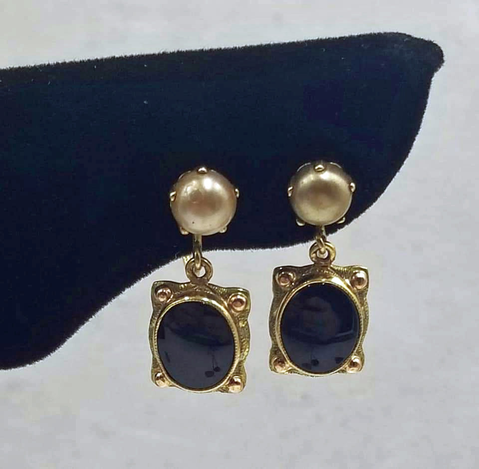 Unique! Antique, 10KYG, glass pearl, & onyx screw-back earrings.
