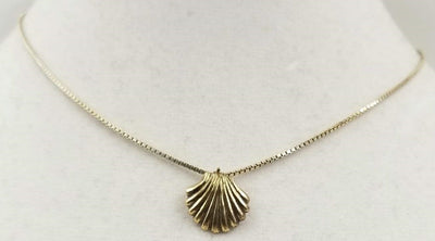 Sterling silver, gold-washed, shell necklace. 15.5