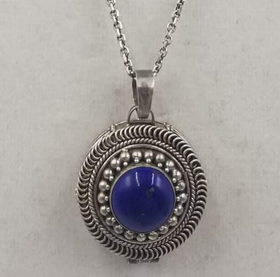 Lapis lazuli pendant necklace. Beautiful!