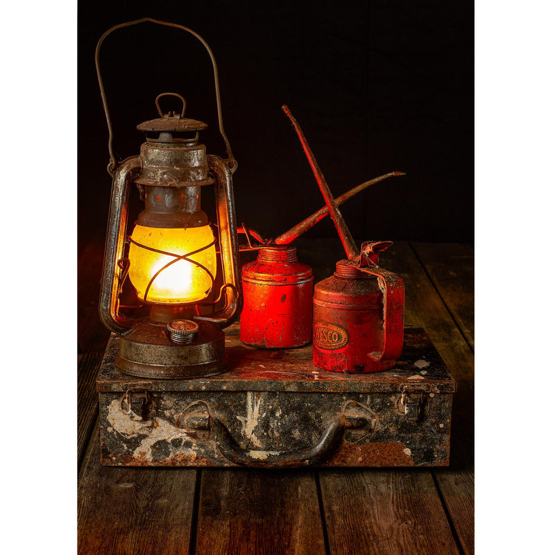 HURRICANE LAMP with OIL CANS