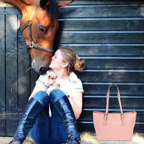 Riding bag. Dedicatet to the horses and their elegance