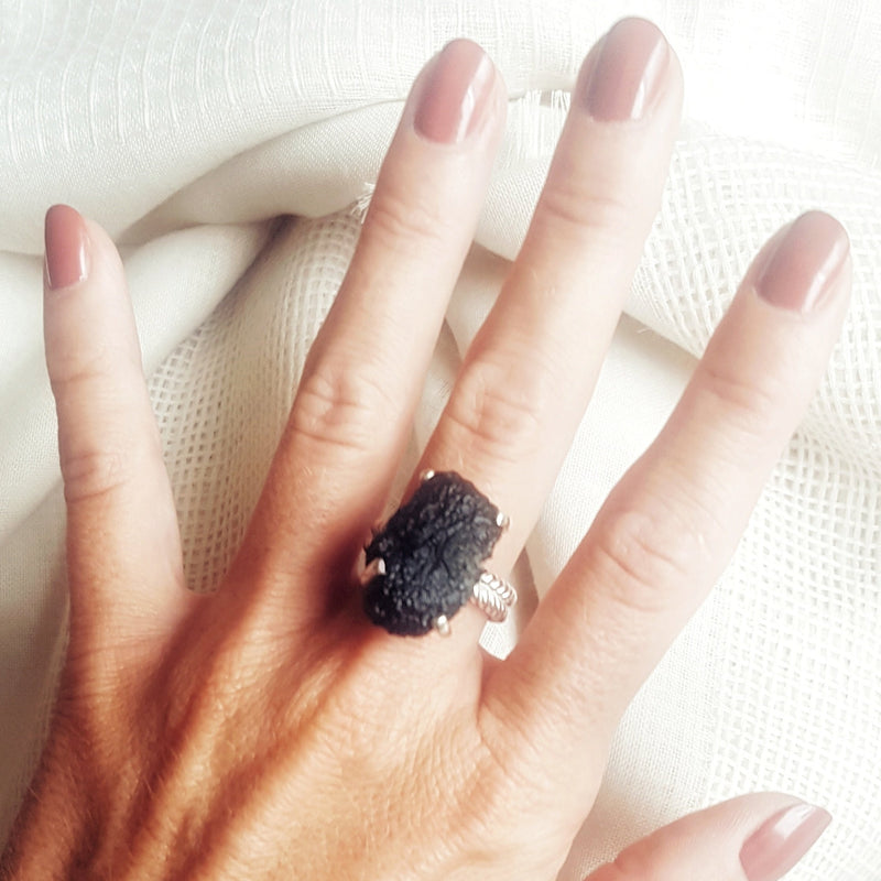 Large Moldavite ring 6