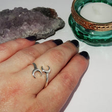 Load image into Gallery viewer, Double crescent moon sterling silver boho ring 2