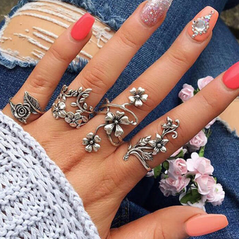 Calla Boho Stackable Ring Set