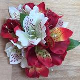 Tara Nashville Alstroemerias Hair Flower Cluster in White & Red - The Curvy Gurl