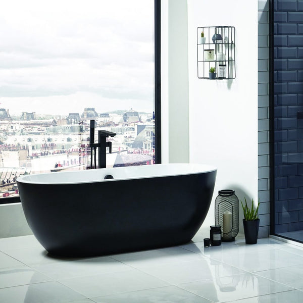 The Latest Bathroom Trend: Monochrome Bathrooms