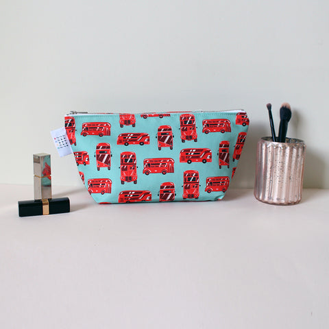 London Bus Washbag
