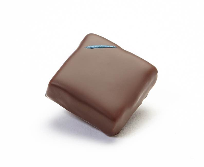 Pisco Yuzu chocolate ganache square